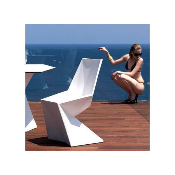 Chaise design Vertex 317