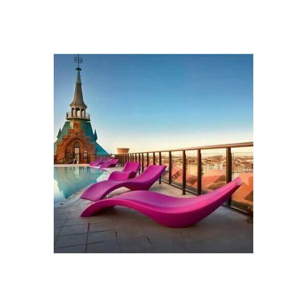 chaises longues de jardin ou bains de soleil pour. Black Bedroom Furniture Sets. Home Design Ideas