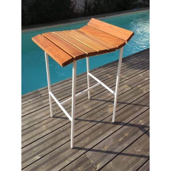 Lounge bar stool