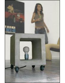 Lampe béton à roulettes Nomade