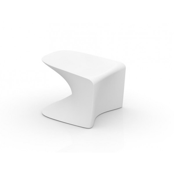 Low stool Wing by Vondom