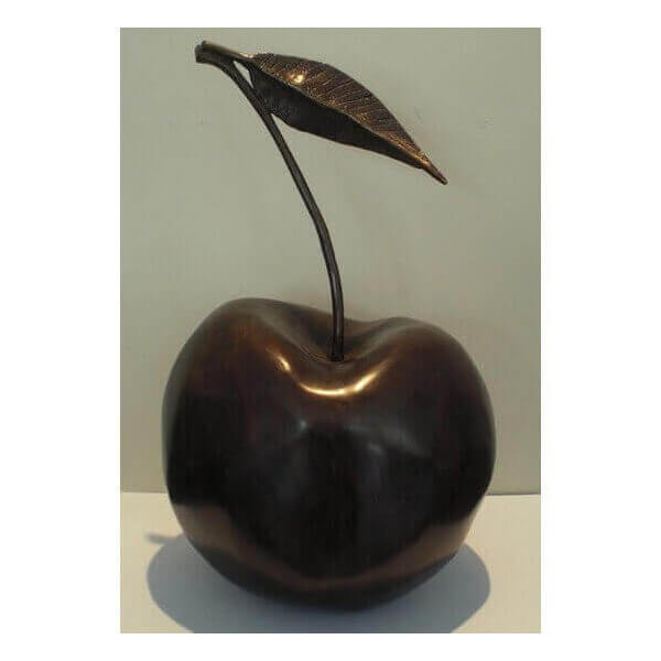 Cerise en bronze Pierre Gimenez