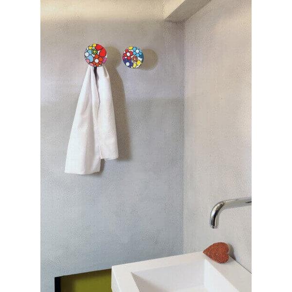 pat re design pour d corer un mur ce porte manteaux est une id e cadeaux originale et fonctionnelle. Black Bedroom Furniture Sets. Home Design Ideas
