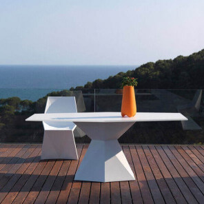 Design Vertex table by Vondom