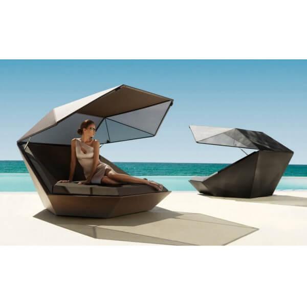 Mobilier faz vondom for Mobilier exterieur luxe