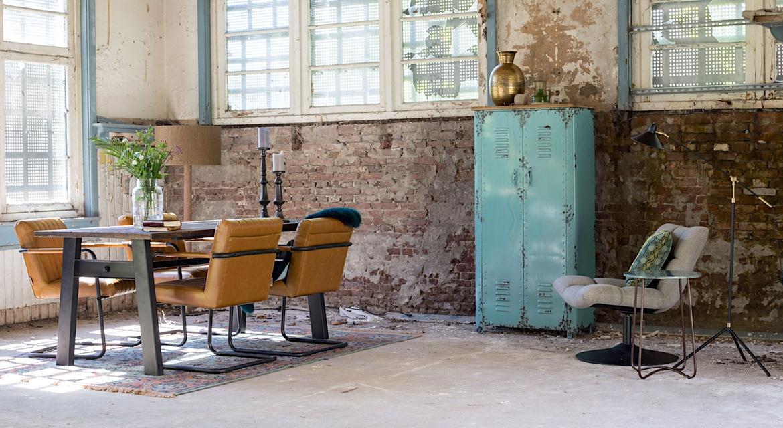 Mobilier de style loft, industriel, métal, bois
